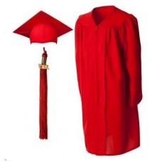 Мантия и шапочка (конфедератка) выпускника, магистра и бакалавра. Красная