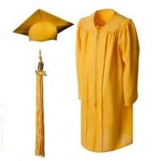 Мантия и шапочка (конфедератка) выпускника, магистра и бакалавра. Желтая