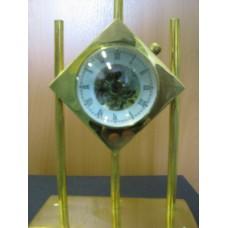 Часы 135х70х175