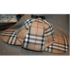 Шапка Шерлока Холмса, Шляпа охотника на оленей.