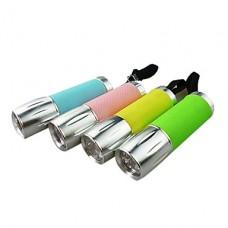 1 мини-режиме светодиодный фонарик с ремешком (1xAA, случайный цвет)
