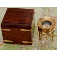 Лупа для карт в деревянной шкатулке